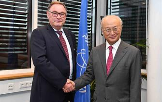 The chairman of the CEA leads the French delegation to IAEA General Conference