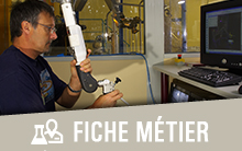 Technicien manipulateur robotique