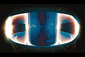 Simulation «haute fidélité» d'instabilités périphériques de plasma