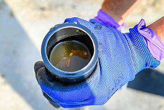 Les sédiments accumulés dans les égouts témoignent…