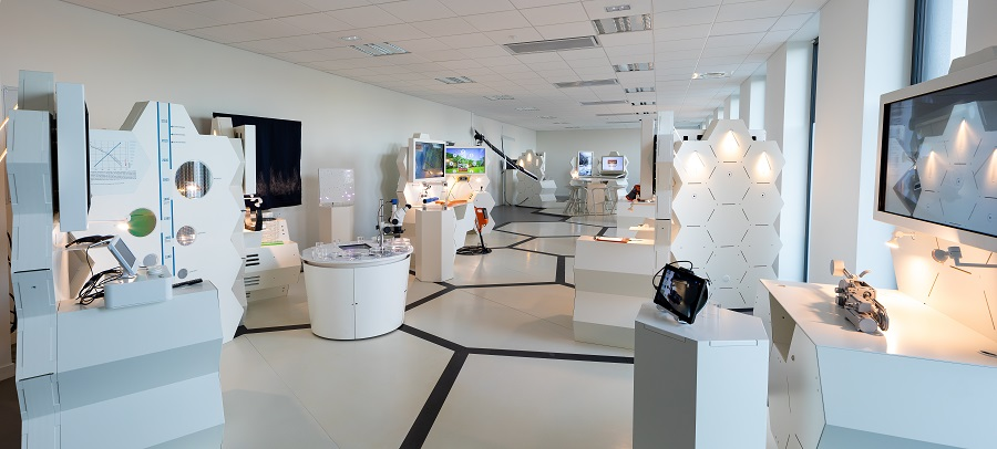 Pano-CEA Tech-Showroom1®CEA_DUMAS.jpg